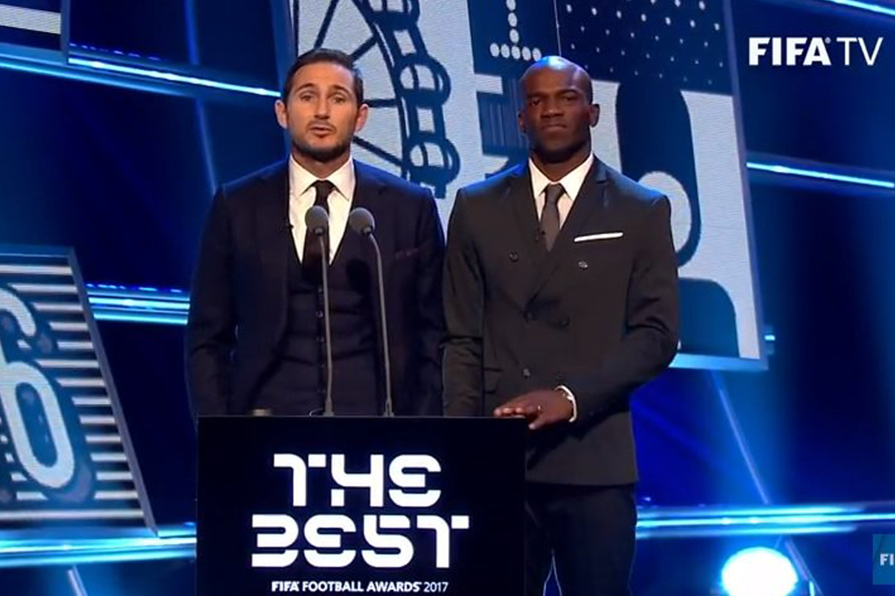 David Suazo enorgullece Honduras en los Premios The Best de la FIFA